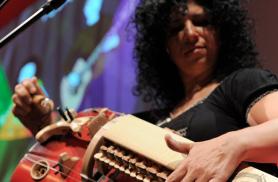 Caroline Phillips, Zarrabeteko Diolea eta Muzikaria